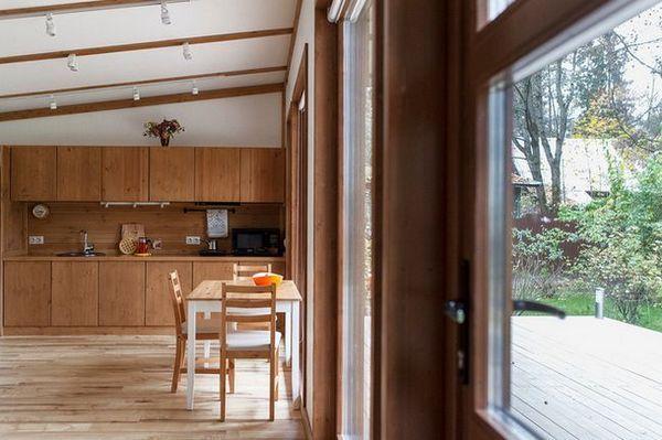В гостях: компактний будинок на двох - подарунок батькам